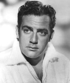Photo of Raymond Burr
