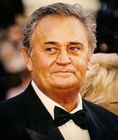 Photo of Roger Hanin