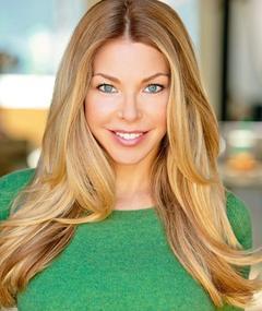 Jennifer Lyons adlı kişinin fotoğrafı