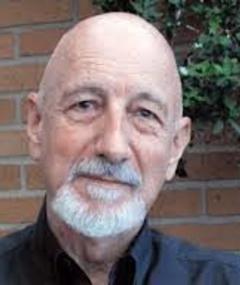 Photo of Eduardo MacGregor