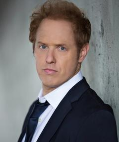 Photo of Raphael Sbarge