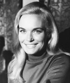 Shirley Eaton adlı kişinin fotoğrafı