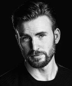 Photo of Chris Evans