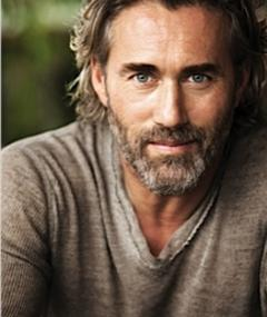 Photo of Roy Dupuis
