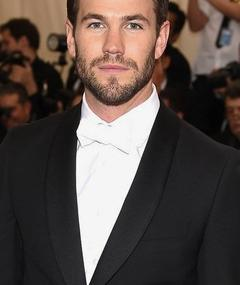Photo of Austin Stowell