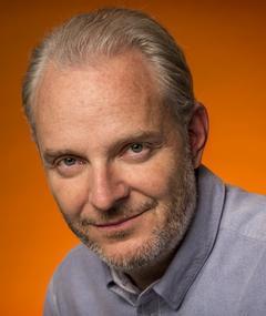Francis Lawrence adlı kişinin fotoğrafı