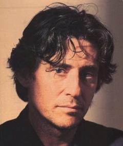 Gambar Gabriel Byrne
