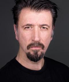 Photo of Gordon Kennedy