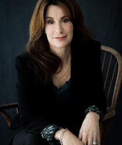 Photo of Lisa Ohlin