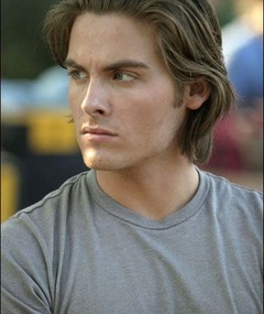 Photo of Kevin Zegers