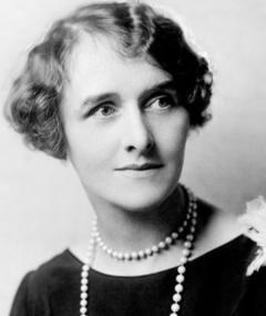 Photo of Elisabeth Risdon
