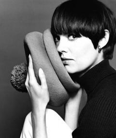 Photo of Barbara Feldon