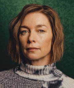 Gambar Julianne Nicholson
