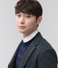 Foto de Kang Bong-Sung