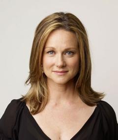 Photo of Laura Linney