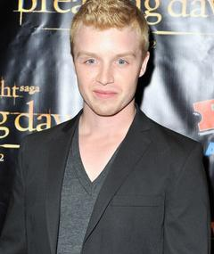 Photo of Noel Fisher