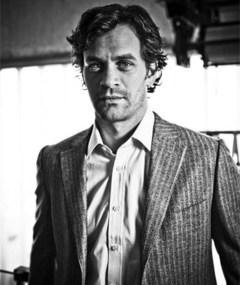 Photo of Tom Everett Scott