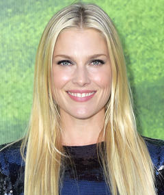Photo of Ali Larter