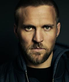 Photo of Tobias Santelmann