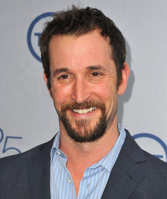 Photo of Noah Wyle
