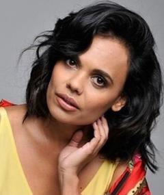 Miranda Tapsell adlı kişinin fotoğrafı
