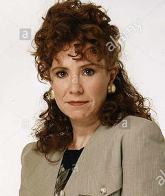 Photo of Melanie Hill