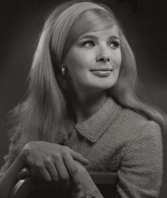 Photo of Linda Evans