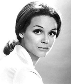 Photo of Valerie Harper