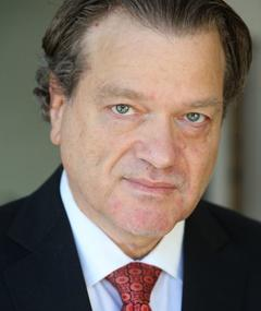 Photo of Andrew Schlessinger