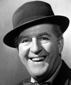 Photo of Stanley Holloway