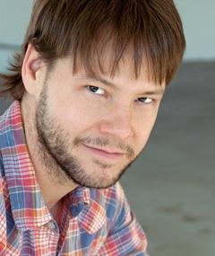 Photo of Ike Barinholtz