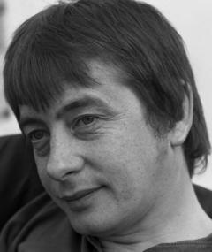 Photo of Derek Fowlds