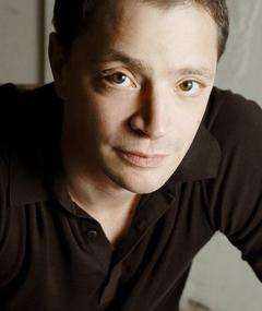 Photo of Joshua Malina