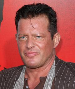 Photo de Costas Mandylor