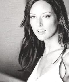 Photo of Lola Glaudini