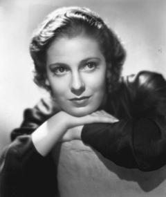 Photo of Valerie Hobson