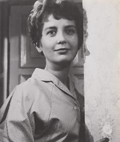 Gambar Annie Birgit Garde