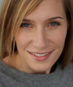 Photo of Maura Anderson