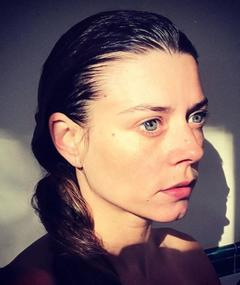 Gambar Julia Lemaire