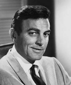Foto av Mike Connors