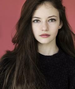 Photo of Mackenzie Foy