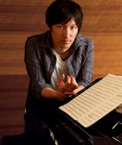 Photo of Hiroyuki Sawano