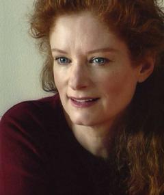 Photo of Lisa Pelikan