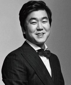 Photo of Je-moon Yoon