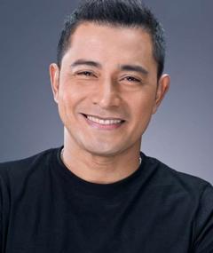 Photo of Cesar Montano