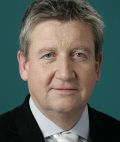 Photo of Dr. Matthias Esche