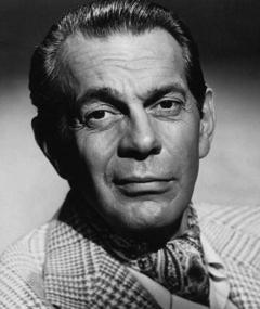 Photo of Raymond Massey