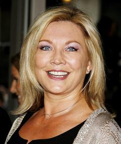 Photo of Amanda Redman