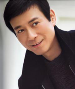 Gambar Adam Cheng