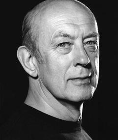 Photo of Roy Marsden